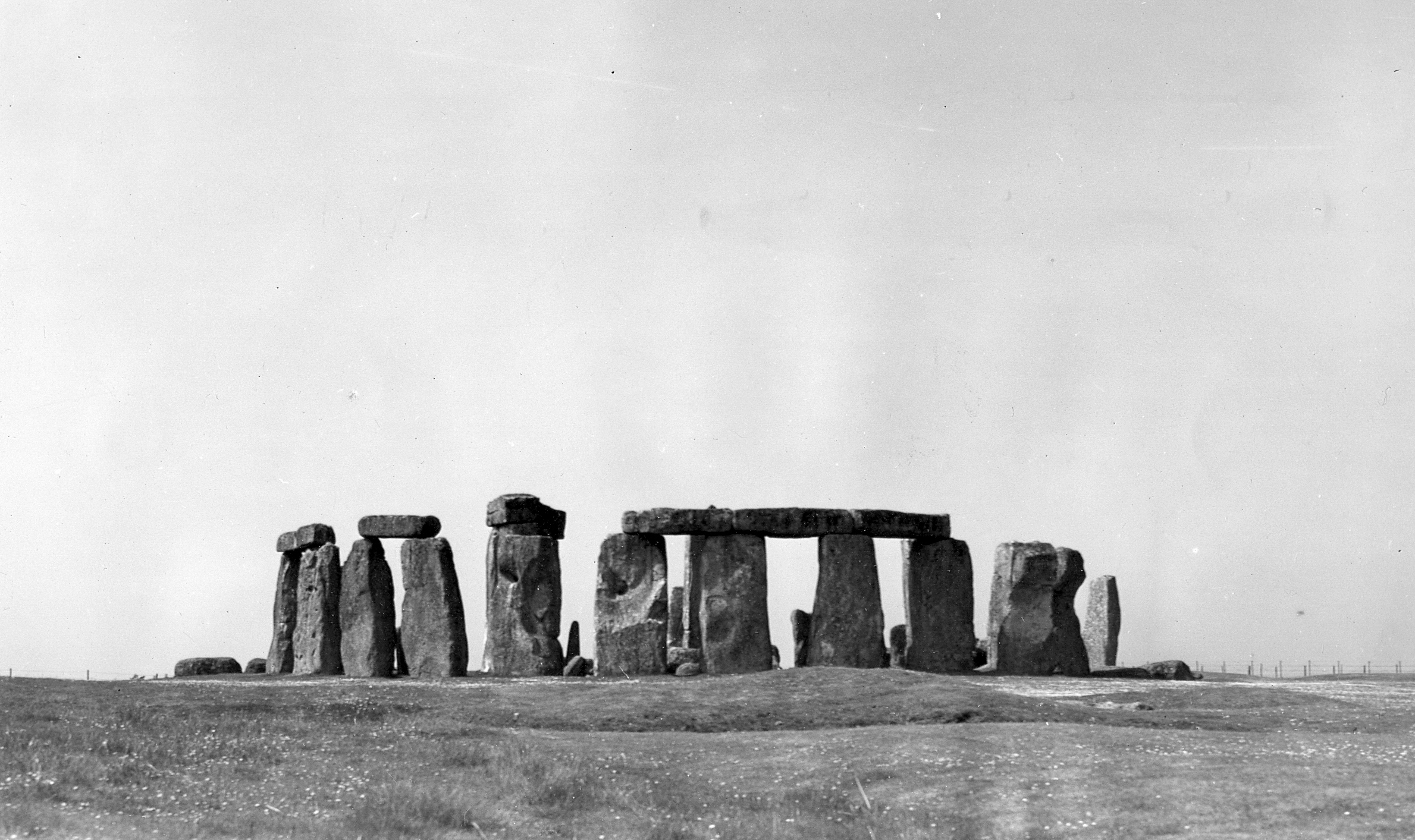 stonehedge thesis A very brief overview of stonehenge history and calendrical theory - dani funk - presentation / essay (pre-university) - english language and literature studies - culture and applied geography - publish your bachelor's or master's thesis, dissertation, term.